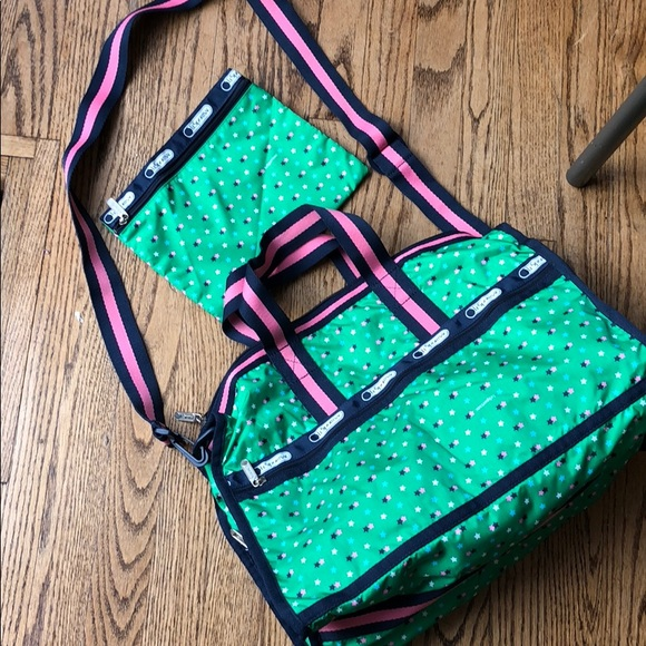 b76a141c51 LeSportSac Handbags - NWOT LeSportSac bag!